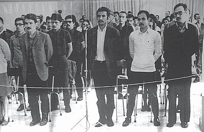 Ulaş Bardakçı (sağdan ikinci)