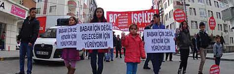"""İşçi sınıfı, """"İnsanca Ücret, İnsanca Yaşam için"""" Gebze'de alanlara sığmadı..."""